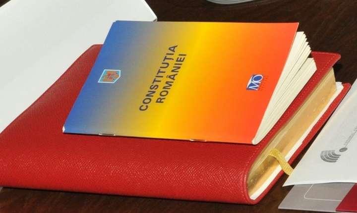 Familia, la un pas de a fi redefinită în Constituţie