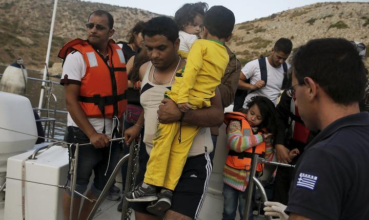 Criza refugiaților împarte Europa în două tabere