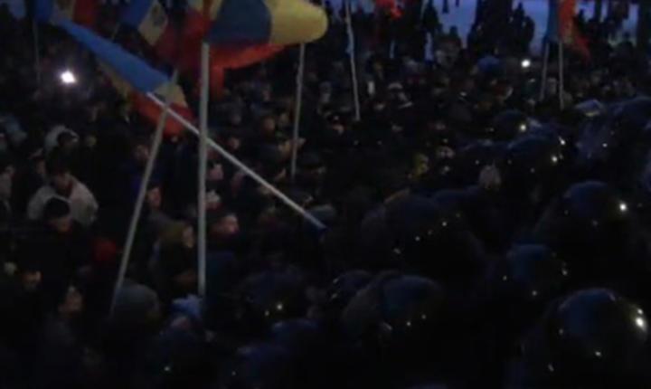 Proteste la Chişinău (captură video)