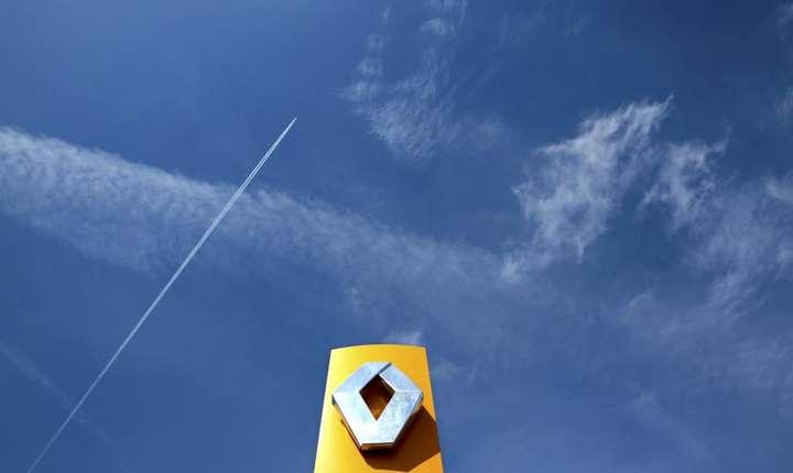 Renault anunta vanzari record de autoturisme in primele 6 luni din 2017 dupa un 2016 încheiat în fruntea clasamentului