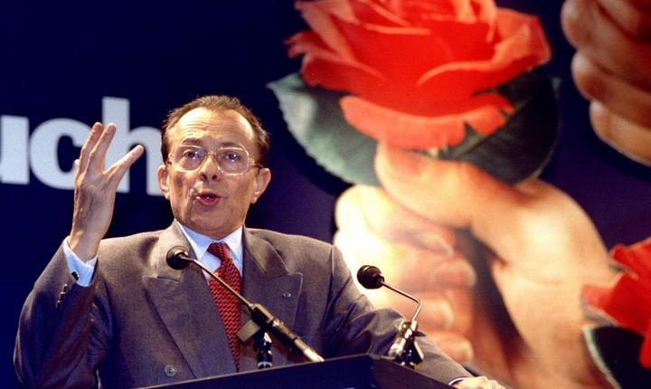 Michel Rocard, fost premier socialist al Frantei, a murit la 85 de ani. Aici, la un miting în februarie 1993