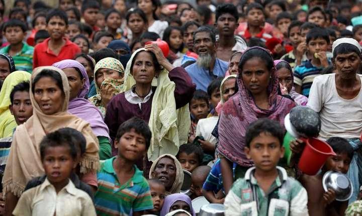 Refugiati Rohingyas în tabàra Palong Khali, la Cox's Bazar în Bangladesh, pe 15 noiembrie 2017