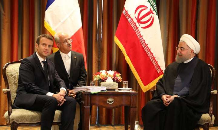 Presedintele francez Emmanuel Macron si presedintele iranian Hassan Rohani, 18 septembrie 2017, la New York la sediul ONU