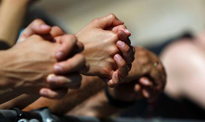 Bisericile fac apel la rugaciune