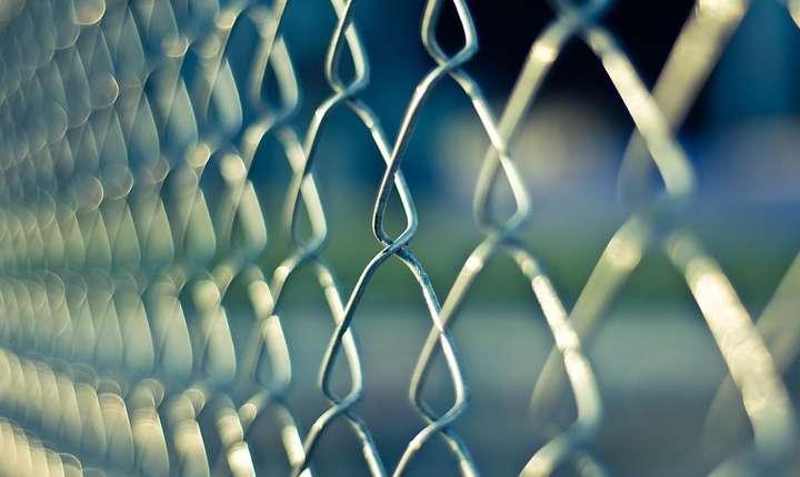 Cum vor rezolva autorităţile problemele din închisori? (Sursa foto: www.pixabay.com)