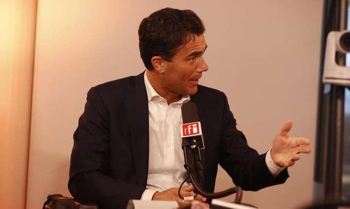 Sandro Gozi pe vremea când era secretar de stat cu Afaceri Europene la Roma, 29 mai 2016, invitat în studiourile RFI Paris.