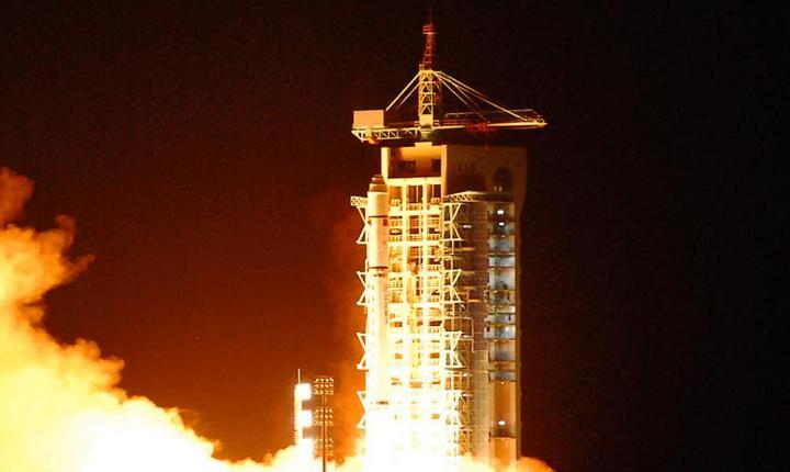 "China a lansat primul satelit de comunicatii ""cuantic"" din lume"