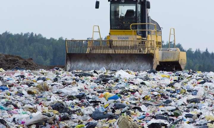 România, dată în judecată de CE, din cauza gropilor neconforme de deşeuri (Sursa foto: www.pixabay.com)