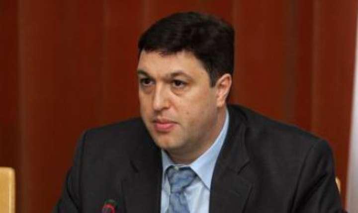 Reactii critice la amendamentul senatorului PSD, Serban Nicolae, depus la legea gratierii