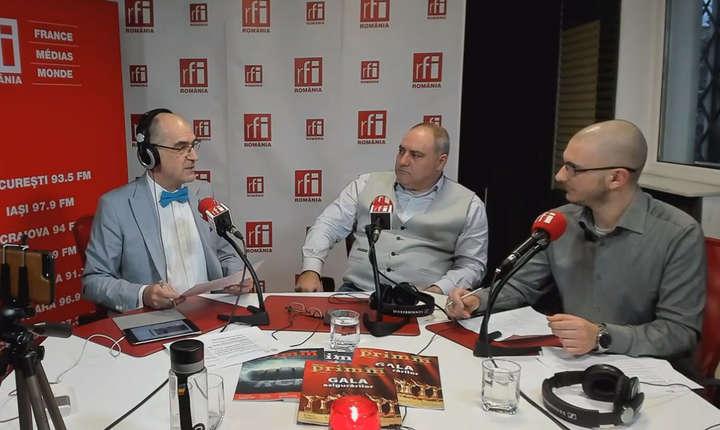 Sergiu COSTACHE, Alexandru APOSTOL si Lucian NICORESCU in studioul RFI Romania