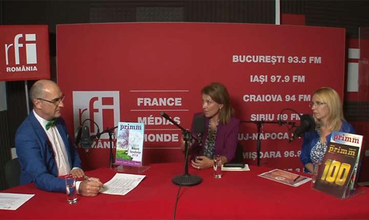 Sergiu COSTACHE, Nicoleta RADU și Mihaela CÎRCU in studioul de inregistrari RFI Romania