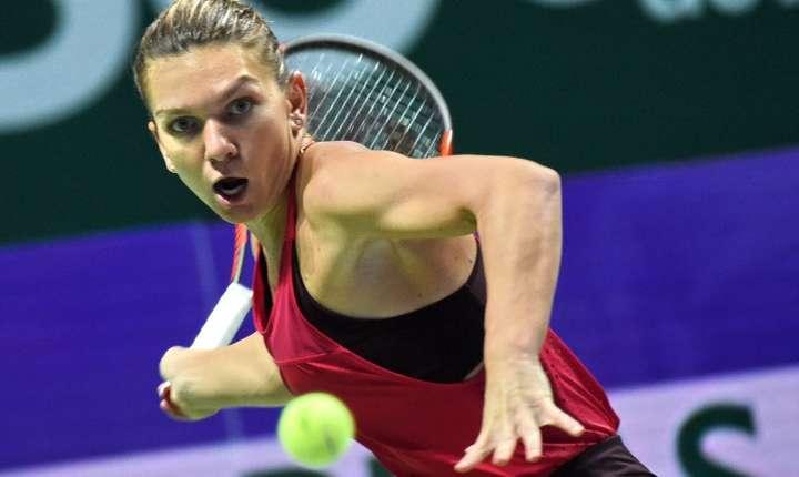 Simona Halep, la Turneul Campioanelor de la Singapore (Foto: AFP/Roslan Rahman)