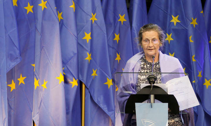 Simone Veil s-a afirmat impunând adoptarea legii cu privire la întreruperea voluntară a sarcinii