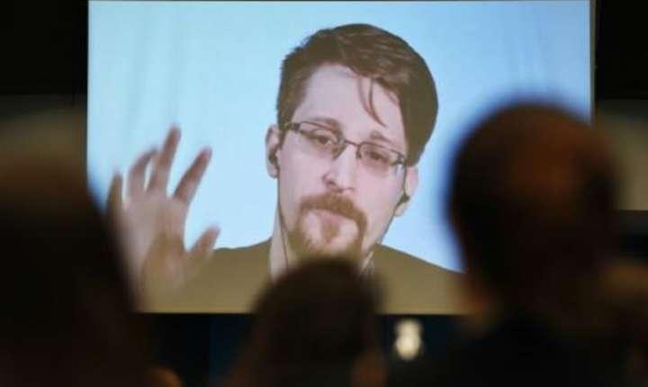 Fostul consultant american de la NSA, refugiat în Rusia, vrea sà obtinà azil politic în Franta.