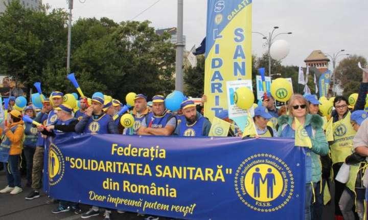 Sindicaliștii acuză guvernul de lipsă totală de dialog social și de dispreţ faţă de lege