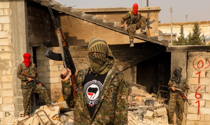 Trump vrea să retragă trupele americane din teatre externe ca Siria şi Afganistan