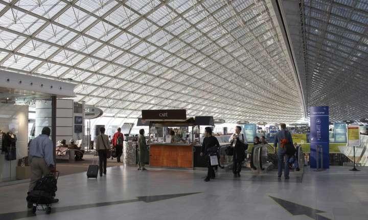 Terminalul 2F al Aeroportului Roissy Charles de Gaulle, Paris