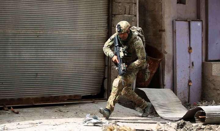 Forțele irakiene își continuă ofensiva în Mosul