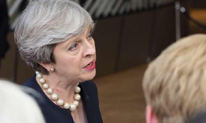 Theresa May răspunde întrebărilor jurnaliștilor înainte de Summitul Consiliului European, Bruxelles 22iunie 2017