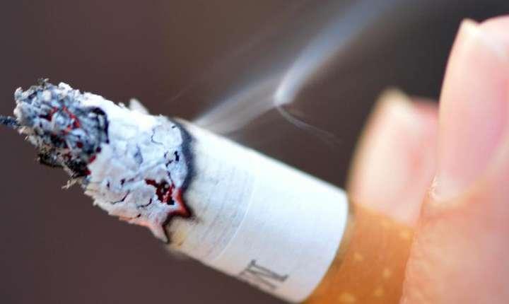 Fabricantii de tigàri sunt acuzati cà falsificà testele privind gudronul si nicotina