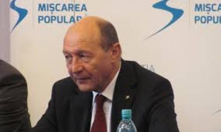 Traian Basescu s-a inscris in Partidul Miscarea Populara