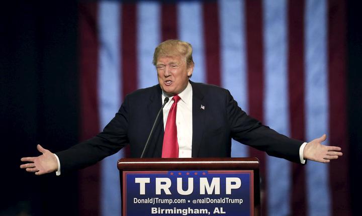 Donald Trump la un miting în Alabama, noiembrie 2015