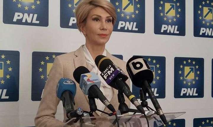 Raluca Turcan critică modificarea legilor justiţiei (Sursa foto: Facebook/Raluca Turcan)