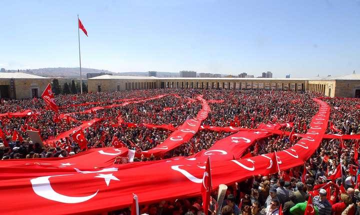 Consiliul suprem electoral din Turcia a invalidat rezultatele alegerilor municipale de la Istanbul
