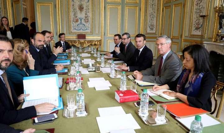 Presedintele Emmanuel Macron si echipa sa, reunità de urgentà pe 18 martie 2019 la Palatul Elysée