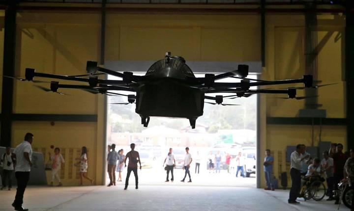 Drona cu un pasager, testată cu succes de un inventator filipinez