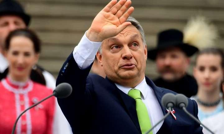 Premierul Ungariei, Viktor Orban, vrea să scoată în afara legii CEU (Foto: AFP/Attila Kisbenedek)
