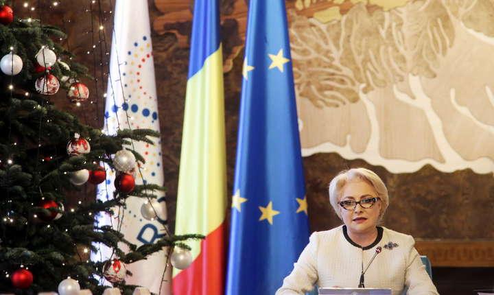 Viorica Dăncilă îi dă replica lui Klaus Iohannis, pe tema prezenţei acestuia la şedinţele de Guvern (Sursa foto: gov.ro)