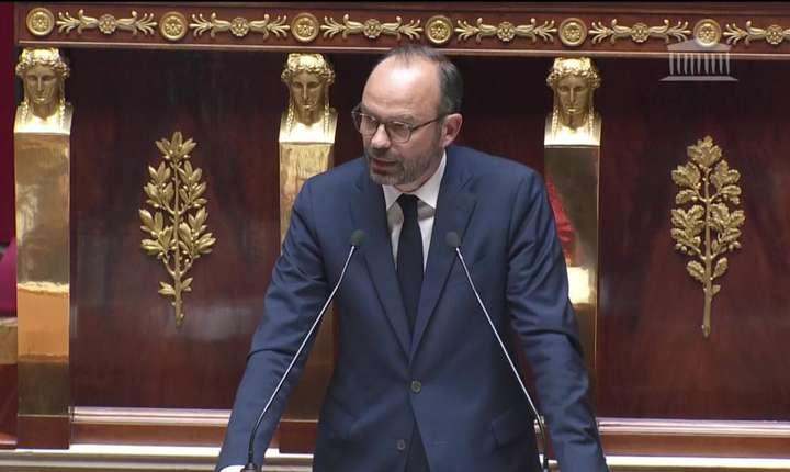 Premierul francez Edouard Philippe adresîndu-se Parlamentului, 4 iulie 2017