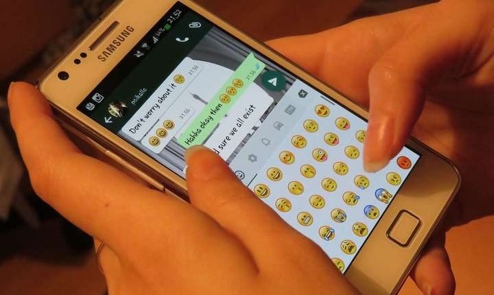 Aplicația WhatsApp, victima unui atac cibernetic (Sursa foto: Wikipedia)