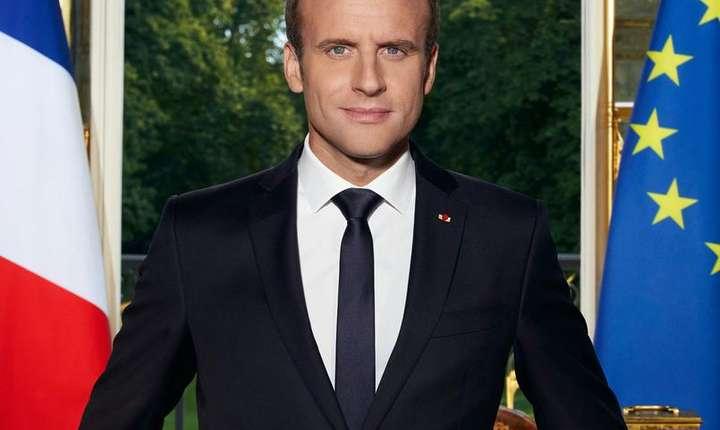 Fotografia oficială a preşedintelui francez Emmanuel Macron