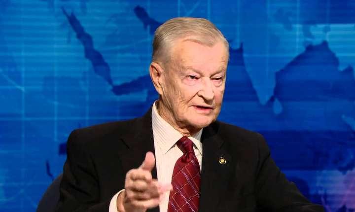 Brzezinski a criticat în repetate rânduri politicile externe ale lui Bill Clinton şi ale lui George W. Bush
