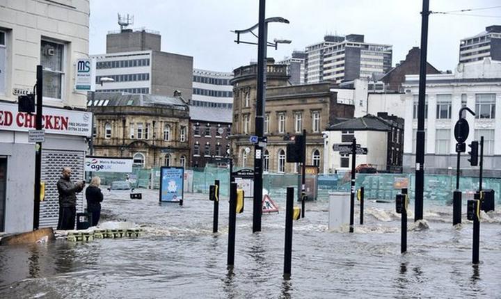 Rochdale a fost orașul cel mai inundat din conurbația Manchester (Foto Manchester Evening News)