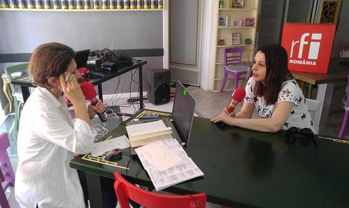 cu Gianina Cărbunariu, regizor și dramaturg
