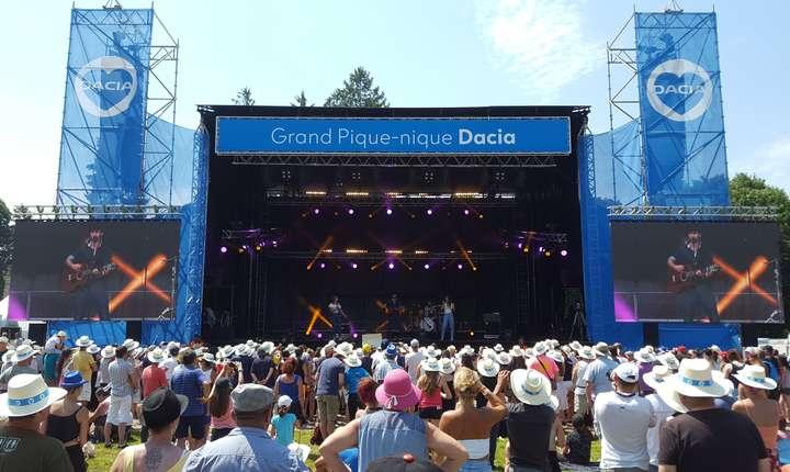 """Concert de muzicà în finalul """"marelui picnic"""" Dacia"""