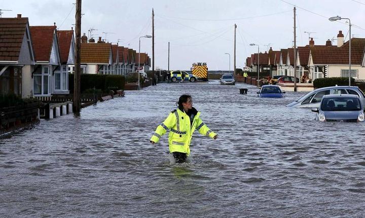 Nici partea de de nord a Țării Galilor nu a scăpat de inundații (Foto BBC)
