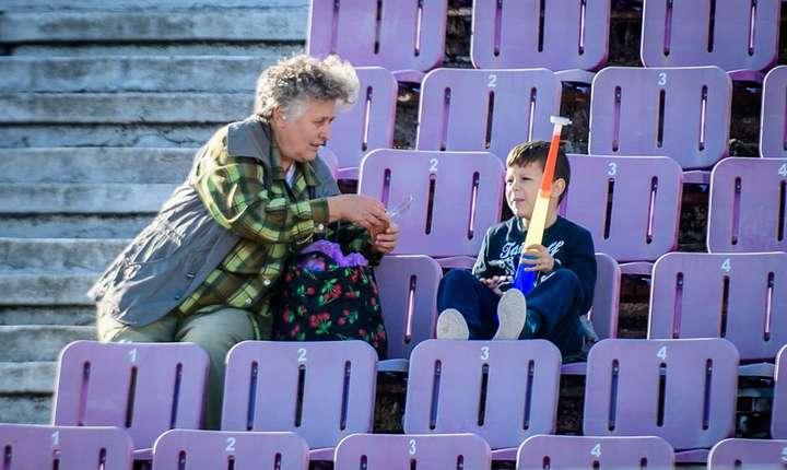 Ca de obicei tribunele stadionului Dan Păltinișanu au fost dezolant de goale: circa 1000 de spectatori au asistat la meci