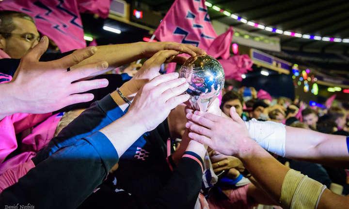Stade Francais a câștigat competiția europeană numărul 2, Challenge Cup, învingând pe Gloucester în finală cu 25 - 17