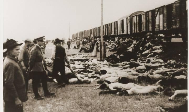 Trenurile au făcut mai multe opriri când cadavrele erau descărcate din vagoane