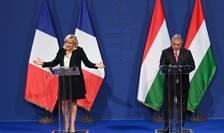 Liderul partidului de extremă-dreapta francez Rassemblement National (RN) Marine Le Pen și premierul ungar Viktor Orban participă la o conferință de presă comună (Budapesta)