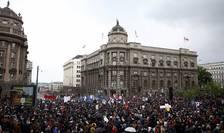 Protestatari în Belgrad