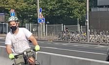 biciclist masca Bruxelles