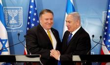 Seful diplomatiei americane Mike Pompeo si primul ministru israelian Benjamin Netanyahu, la Tel Aviv, 29 aprilie 2018.