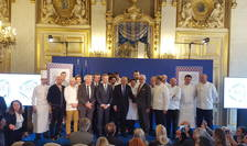 "Jean-Yves Le Drian, MAE francez care patroneazà operatiunea ""Goût de France-Good France"", alàturi de Alain Ducasse si alti chefi francezi, 6 martie 2018, Quai d'Orsay"