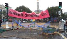 La Paris, Place du Châtelet a fost blocatà de militantii pacifisti ai miscàrii Extinction Rebellion