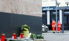 Flori în memoria victimelor pe unul din locurile atentatelor de la Hanau, 20 februarie 2020